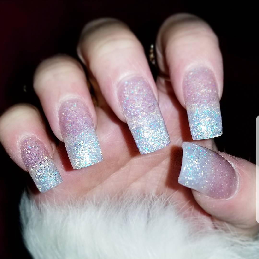 Current nail swag holiday edition! nailsofinstagram whitesparklenails glitternails nails nailsonfleekhellip